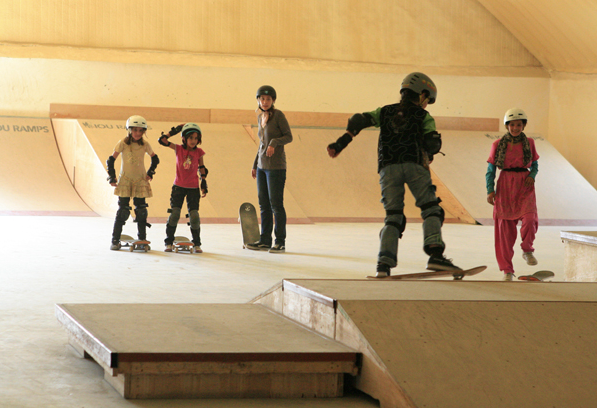girls skateboarding in Afghanistan