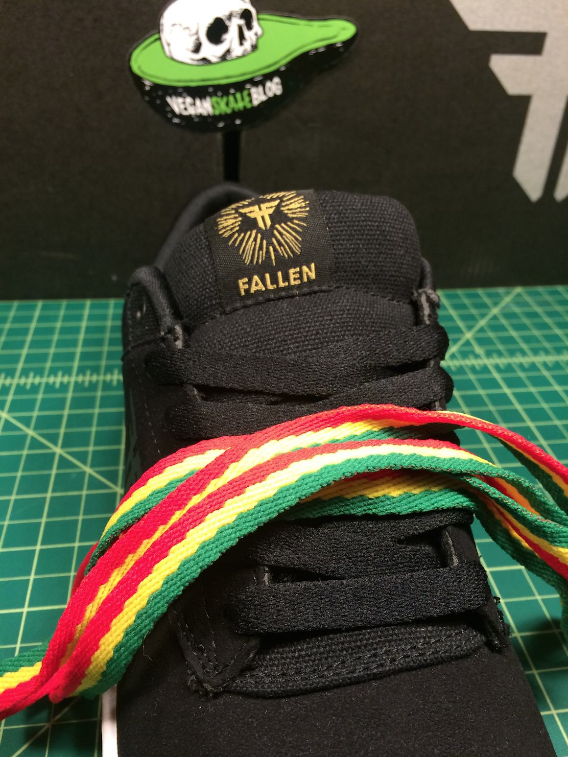 vegan skateboard shoes rasta laces fallen synthetic